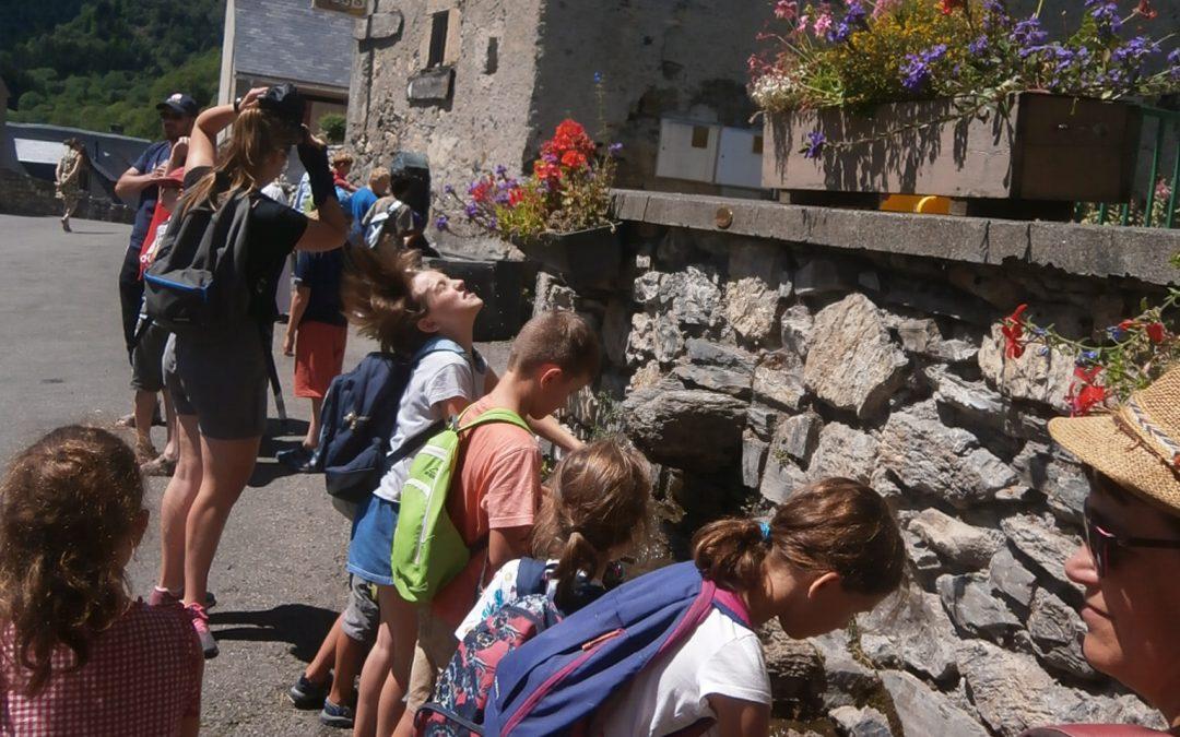Cet été à Arreau chez les 6 . 11 ans il y a eu des sorties, des visites , des jeux…et beaucoup de rigolades…